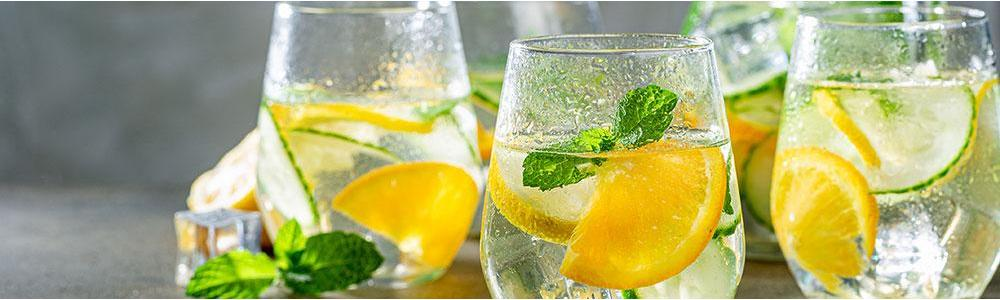 9 Ways Water Helps Keep You Healthy